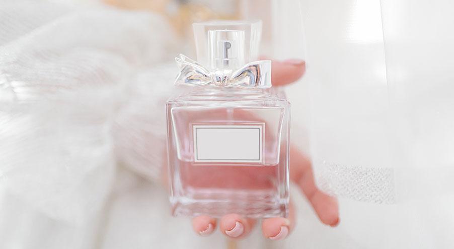 Så köper du parfym på nätet utan att först lukta på den